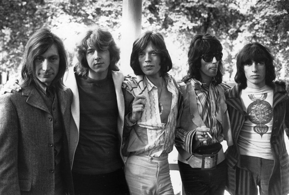 Mick Taylor joins the band.